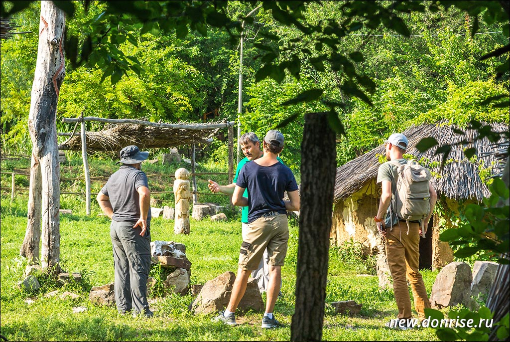 Съёмочная группа на Тропе Истории
